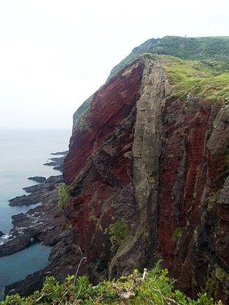 Chiburijima - Red cliffs of Chiburijima