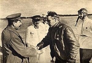 Valery Chkalov - Chkalov meets with Joseph Stalin