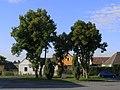 Cizkrajov, náves, pomník 01.jpg