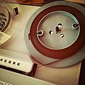 Concord Stereophonic 440 tape recorder - playing pancake tape (16266978473).jpg