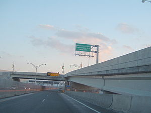 Atlantic City–Brigantine Connector - Atlantic City–Brigantine Connector southbound with Ramp B to the right
