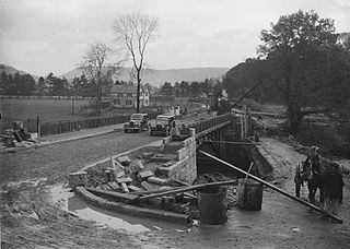 Construction of the new Irfon bridge, Builth Wells