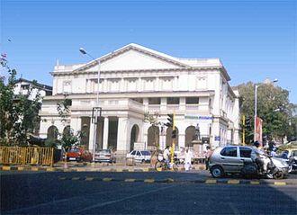 Tanks of Bombay - The Framjee Cowasjee hall is built over the Framjee Cowasjee tank