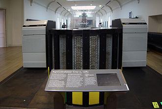 Cray-2 - Front view of 1985 Supercomputer Cray-2, Musée des Arts et Métiers, Paris