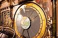 Détail de l'horloge astronomique (33813156156).jpg