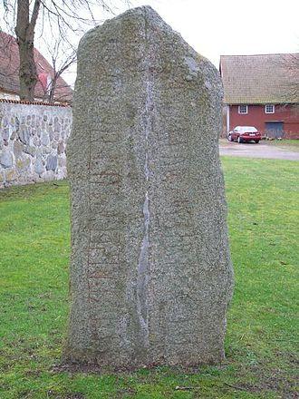 Västra Nöbbelöv Runestone - DR 278 in the churchyard.