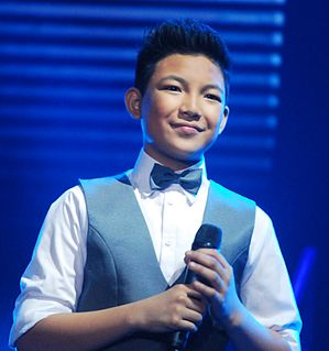 Darren Espanto Filipino-Canadian singer and performer