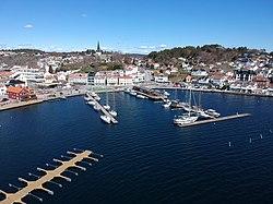 Date kvinner i Grimstad