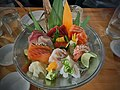Deluxe sashimi platter 02.jpg