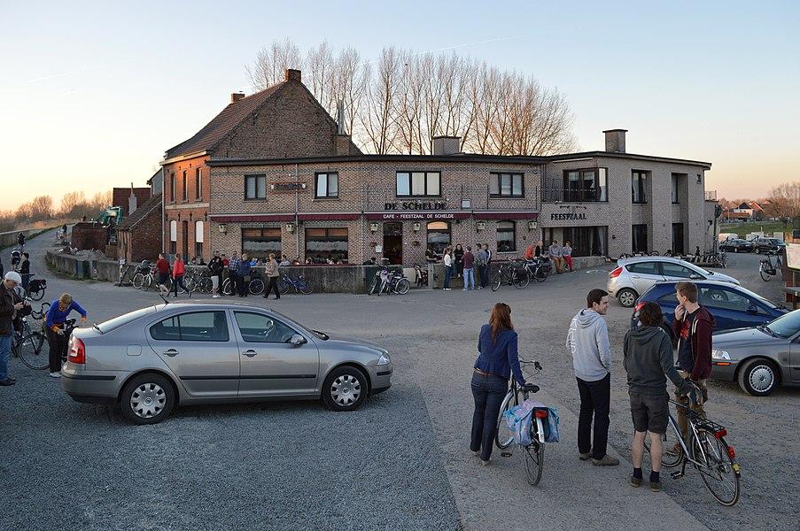 """Café """"De Schelde"""" in Den Aard, a hamlet on the Scheldt across Schellebelle, in the municipality of Wichelen, Belgium."""