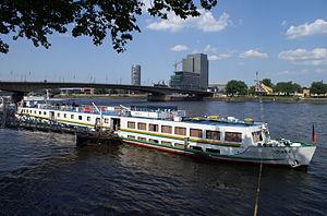 Diana (ship, 1964) 001.jpg