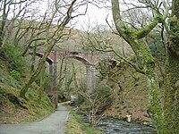 Dolgoch Viaduct - 2008-03-18.jpg