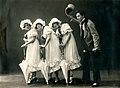 Dragutin Vrbanjac - Tri Devojcice, SNP, NS, 1922.jpg
