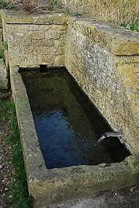 Drinking trough, Hidcote Boyce. - geograph.org.uk - 680012.jpg