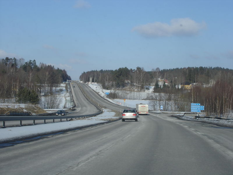Soubor:E20 between Floda and Alingsas.JPG