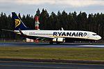EI-DLK 737 Ryanair SCQ.jpg
