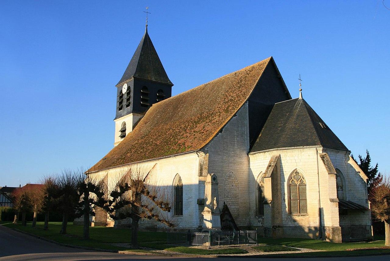 Eglise chennegy (02).jpg