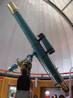Optical telescope telescope which is used to focus light from the visible part of the electromagnetic spectrum
