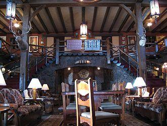 El Rancho Hotel & Motel - El Rancho Hotel lobby