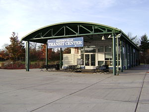 Eltingville Transit Center.jpg