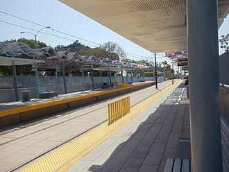 Expo Park/USC station - Expo Park/USC Expo Line Station, westbound platform.