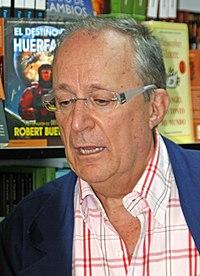 Fernando García de Cortázar (Feria del Libro de Madrid, 6 de junio de 2008).jpg