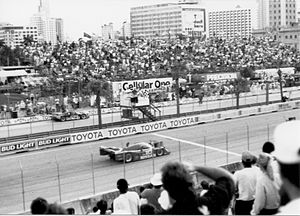 Grand Prix of Miami (sports car racing) - Geoff Brabham in the Nissan NPT-91 about to take the checkered flag at the conclusion of the 1992 Miami Grand Prix on the Bicentennial Park circuit.