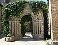 Fiscal (Huesca) Arco romanico 5097.JPG
