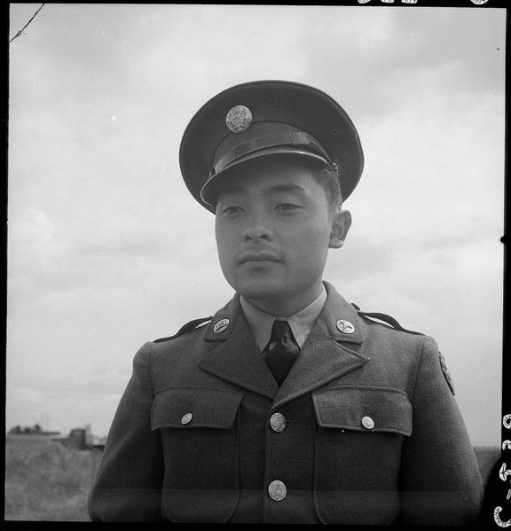 File:Florin, California. Nisei soldier who volunteered for army service, July 10, 1941 - NARA - 537848.tiff
