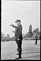 """Fo30141711140054 """"Reservebataljon Holmestrand paraderer for Quisling på Slottsplassen"""" 1942-06-14 (NTBs krigsarkiv, Riksarkivet).jpg"""