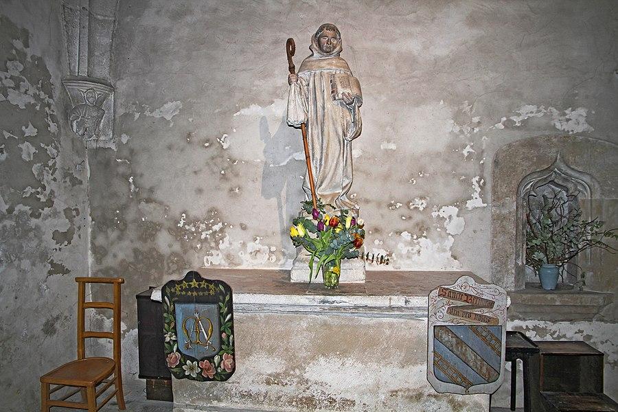 Statue de Saint-Bernard dans l'église de Fontaine-lès-Dijon
