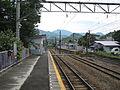Fuji-kyuko-Tanokura-station-platform-for-Kawaguchiko.jpg