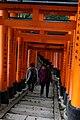 Fushimi-Inari Taisha (11122077515).jpg