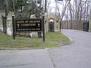 Gate of Heaven Cemetery (Hawthorne, New York) - The upper entrance to Gate of Heaven Cemetery
