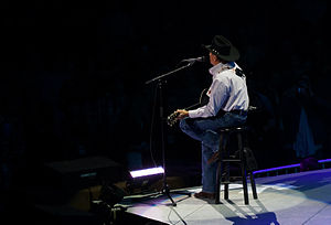 The Cowboy Rides Away Tour - Image: George Strait 2013 2