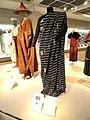 Ghana, wrap, 2nd half of 20th century - Bunka Gakuen Costume Museum - DSC05295.JPG