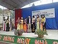 Giáo viên chụp ảnh lưu niệm – ngày Nhà giáo Việt Nam.jpg