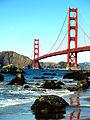 Golden Gate Bridge vom Meer aus.JPG