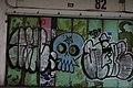 Graffiti skull (24180595403).jpg