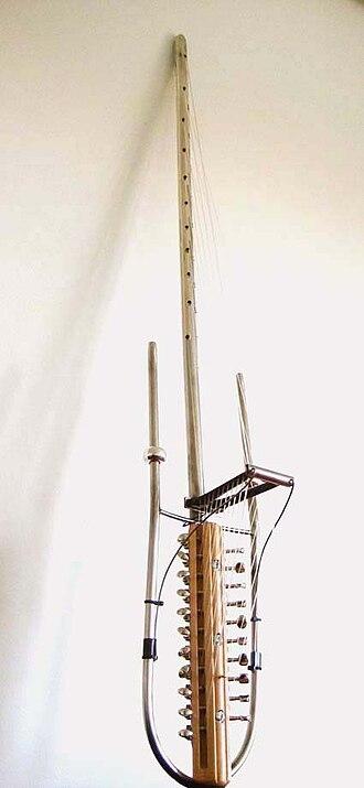 Kora (instrument) - The Gravi-kora