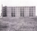 Gualtiero Galmanini, Centro del Mobile di Lissone. Helicopter landing platform and elevators over the roof, 1955.png