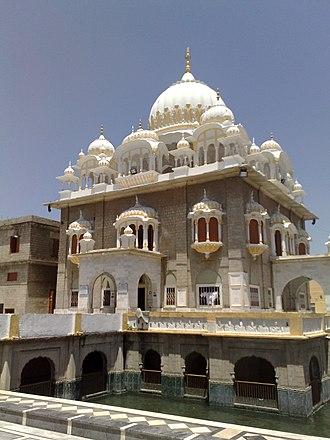 Gurdwara Panja Sahib - Image: Gudwara Panja Sahib Flickr Al Jazeera English (1)