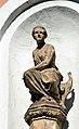Gyrowetzgasse 14 - statue 02.jpg