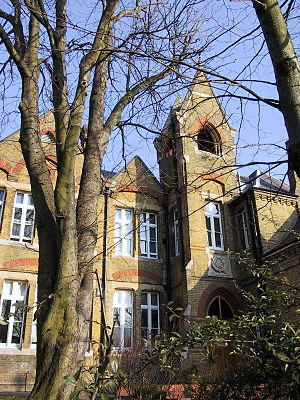 Hatcham - Haberdashers' Aske's Hatcham College on Pepys Road, London SE14