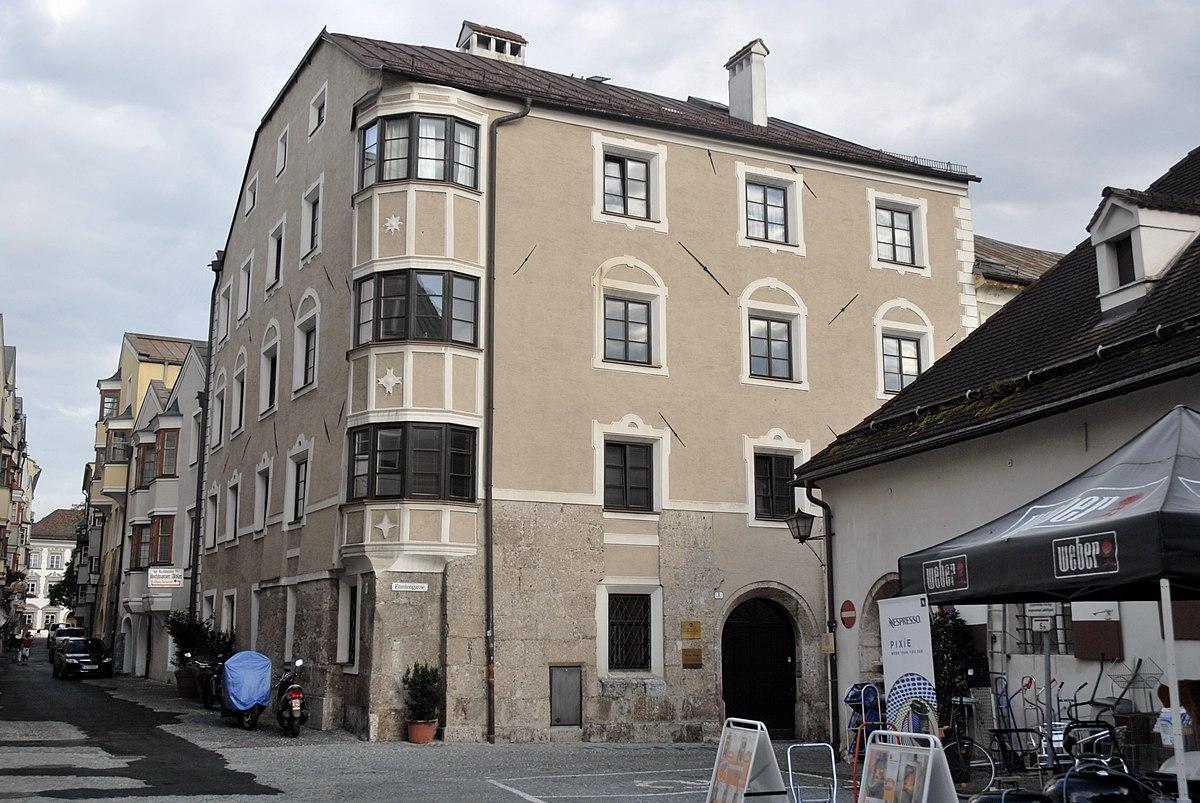 Datei:Hall in Tirol, Haus Wallpachgasse volunteeralert.com Wikipedia