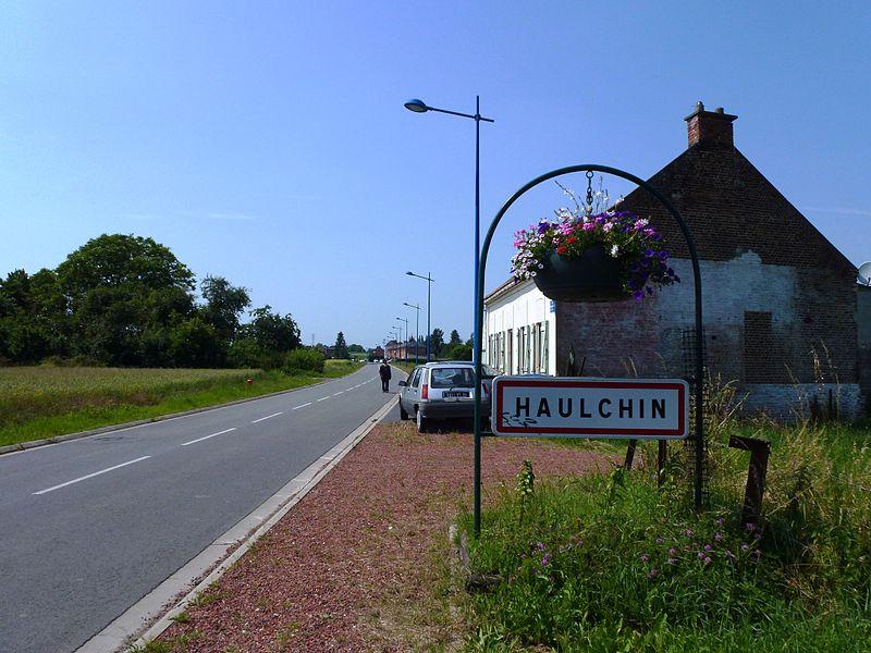 Haulchin (nord, Fr) city limit sign