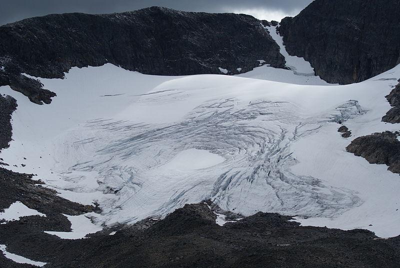 File:Helags glacier - close-up.JPG