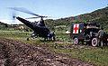 Helikopter ankommer NORMASH med to pasienter (1952) (15819044479).jpg