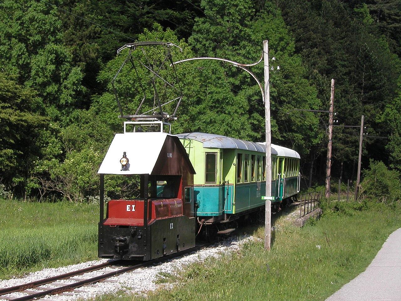 locomotora de tren local