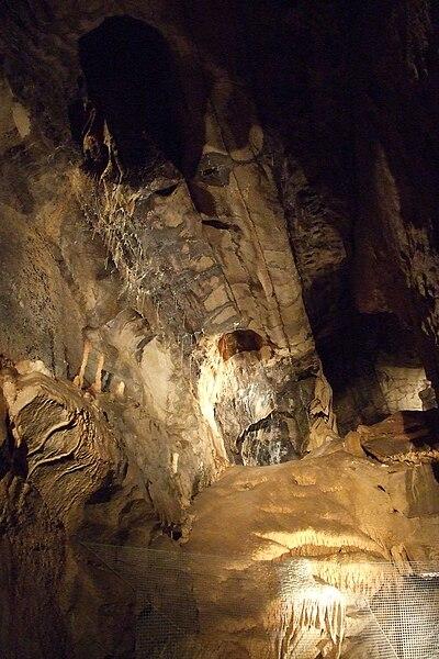 Hotton-Caves-5.JPG